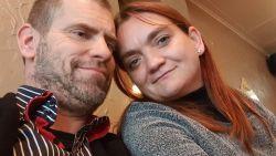 """Stefanie (35) werd doodgereden op pechstrook E17, haar man reageert: """"Waarom zat mijn vrouw daar, met een andere man in mijn auto?"""""""