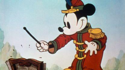 Bedacht op de trein: 10 leuke weetjes over de 90-jarige Mickey Mouse
