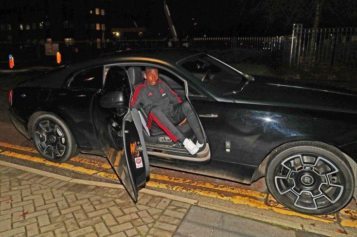 Pogba vorig jaar in zijn Rolls Royce.