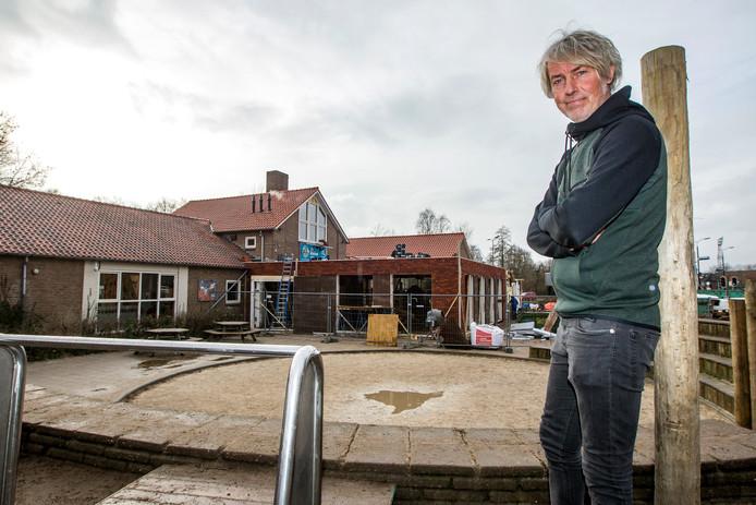 Directeur Edwin Solen voor basisschool de Kleine Planeet in Deventer