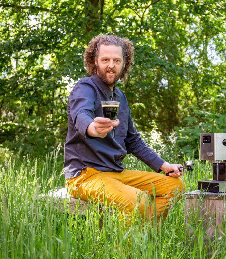 David wil met zijn 'koffie zonder koffie' de supermarkt in: 'Het is net als met vleesvervangers'