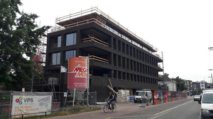Bouwen van appartementen aan de Bilderdijklaan in Eindhoven.