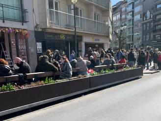 """Barbecuechef Peter De Clercq heeft het gehad met drukte aan eetkraampjes, terwijl restaurants op slot blijven: """"Is er dan niemand die eens op tafel gaat slaan?"""""""