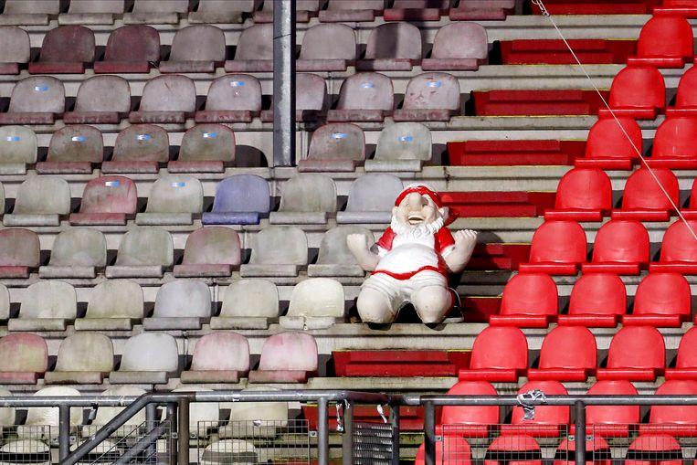 Dinsdagavond, stadion De Oude Meerdijk: Emmen-PSV. Beeld Pro Shots