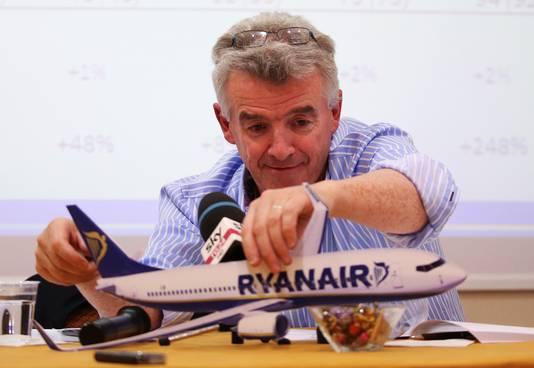 Michael O'Leary bij een eerdere persconferentie