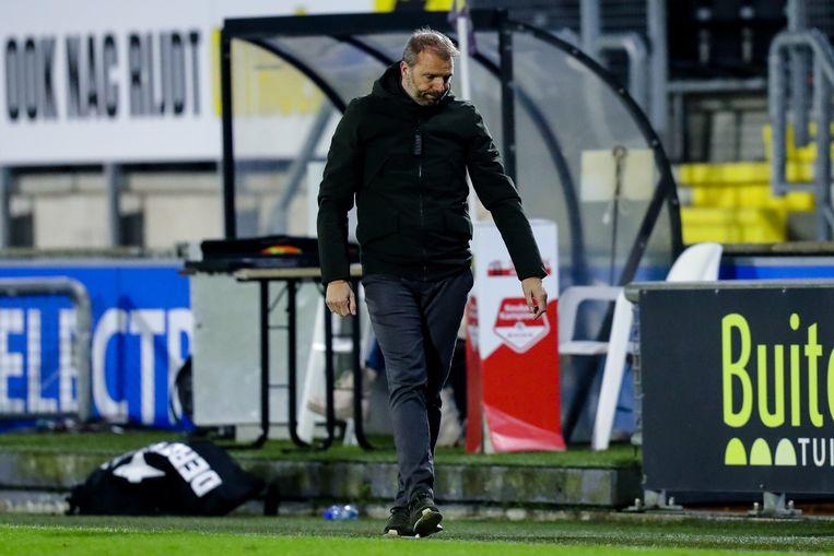 NAC-trainer Maurice Steijn is ook niet bepaald tevreden. Beeld BSR Agency