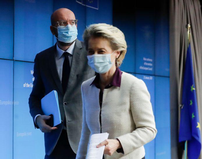 Ursula von der Leyen, présidente de la Commission européenne, et Charles Michel, président du Conseil européen