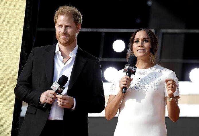 Prins Harry en Meghan Markle geven een speech tijdens het Global Citizen Live-evenement