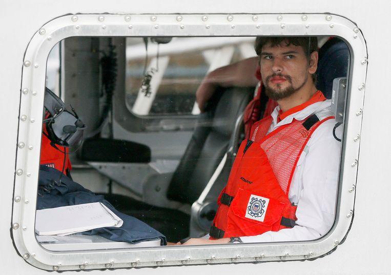 Nathan Carman tijdens de actie waarbij hij van zee werd gered.