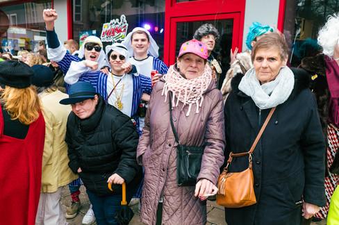 Foto van Kleurrijke parade op Aalst carnaval