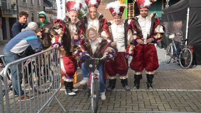 Jeugdcentrum Pingie organiseert ludieke kroegentocht per fiets