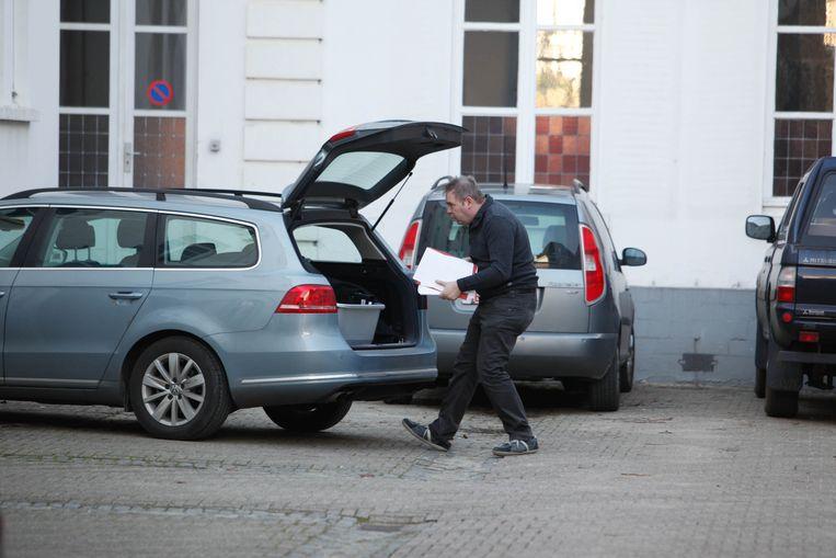 De politie voerde in 2012 huiszoekingen uit in het kader van Operatie Kelk. Nu, bijna tien jaar later, zijn de feiten verjaard.  Beeld BELGA