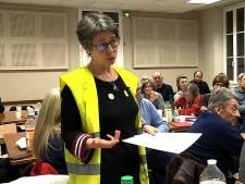 Fransen bespreken toekomst met Gele Hesjes, kaas en chips