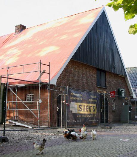 Dak gaat er letterlijk af: kinderboerderij Noord in Enschede twaalf dagen dicht