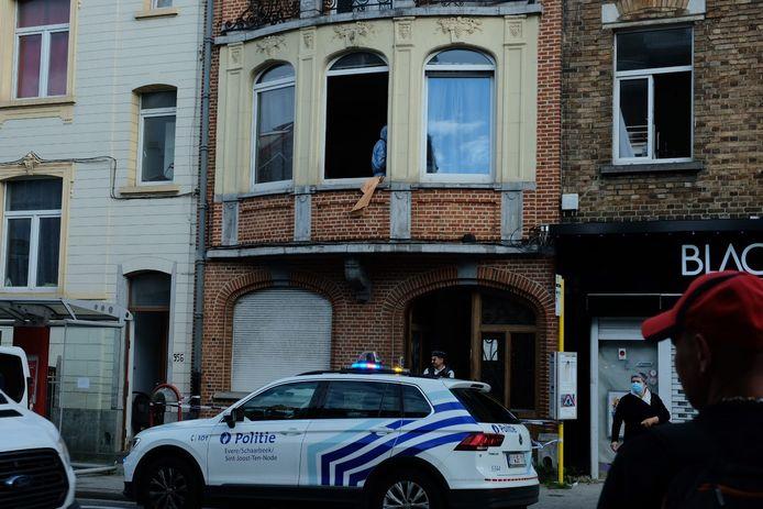 Lundi soir, le corps sans vie d'un homme a été découvert dans son appartement situé chaussée de Louvain à Evere (photo).