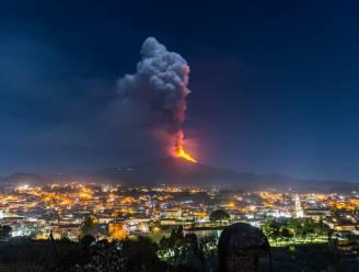 Vulkaan Etna spuwt opnieuw lava, voor de zesde keer in acht dagen tijd
