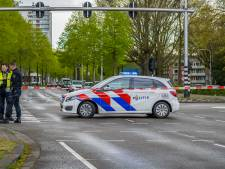 Jonge fietser (12) overlijdt nadat auto hem schept bij oversteken kruising in Tilburg