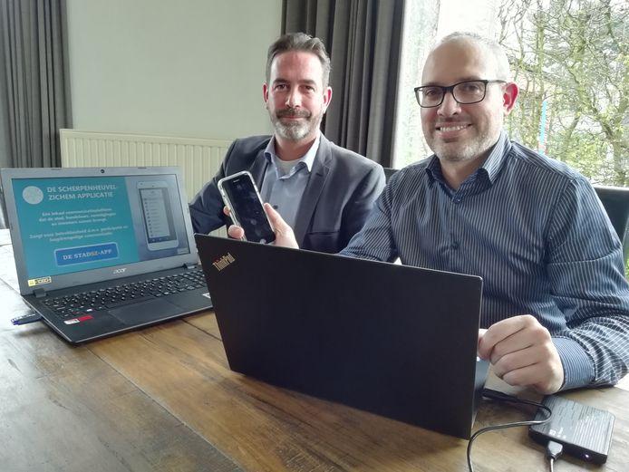 Raadsleden Lieven Simon en Pieter Boudry.