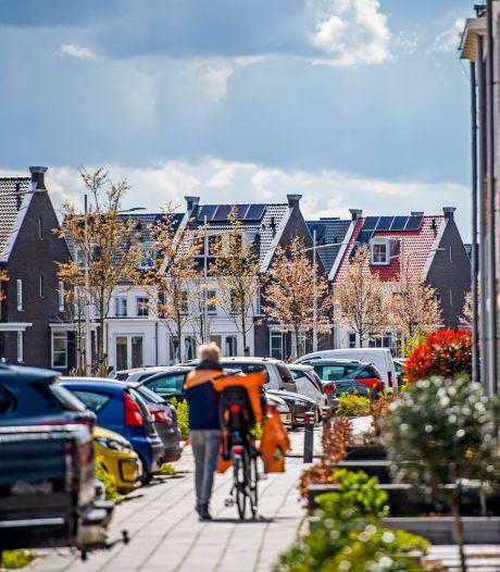 1100 woningzoekenden staan in blote kont; bouwbedrijf Heijmans mailt adressen en inkomens rond: 'Alles was te zien'