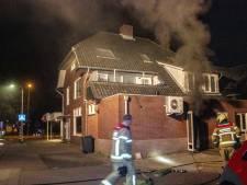 Twee lichtgewonden en schade na felle brand in Eerbeek