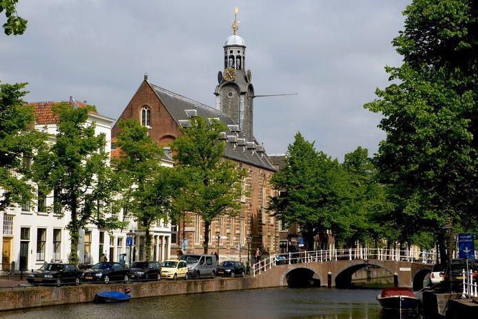 Stadsgezicht van Leiden.