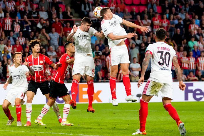 Jan Vertonghen ziet Benfica dus opklimmen naar plaats vijf.