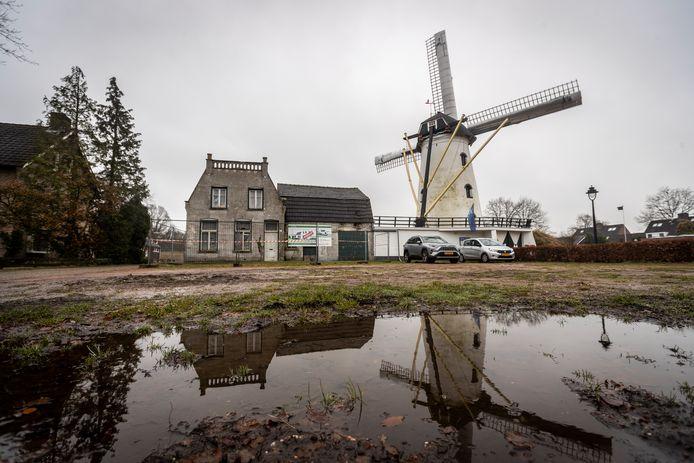 De molenaarswoning in Borkel en Schaft is na 9 jaar verkocht.