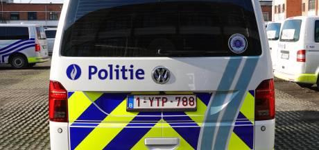Dubbele boete: bestuurder rijdt gevaarlijk rond zonder aangepast zitje voor kindje