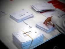 Lezers over poststemmen: 'Verwarrend om een envelop in een envelop te moeten doen'