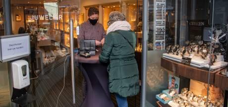 Het nieuwe winkelen; nog wel even wennen in Harderwijk