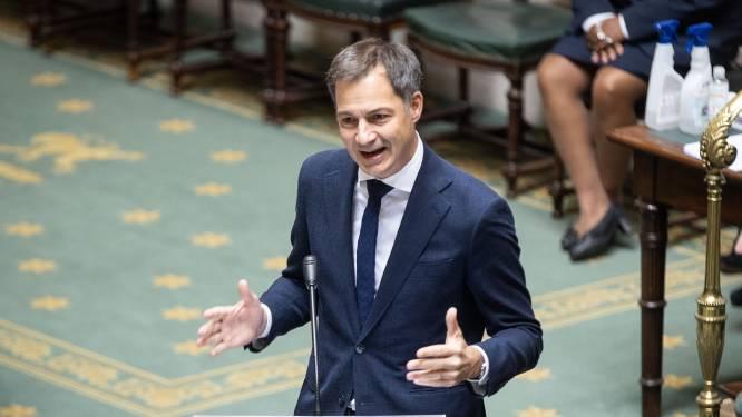 """Premier en rechtse oppositie in de clinch over beslissingen Overlegcomité: """"Coronadictatuur"""""""