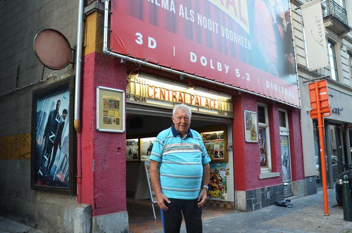 Uitbater Paul Raes aan Cinema Central in de Lavendelstraat in Ninove tijdens de heropening in september vorig jaar.
