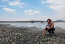 Yvonne Lankhaar op reis in Vwaza Wildlife Reserve in Malawi.