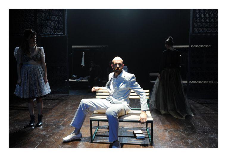 Günther Lesage in 'Idioot' van Lazarus Beeld RAYMOND MALLENTJER