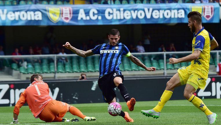 Mauro Icardi maakt een doelpunt voor Inter Beeld anp