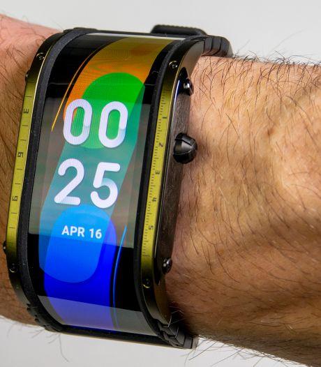 Review: Deze smartwatch lijkt wel uit een scifi-film te komen