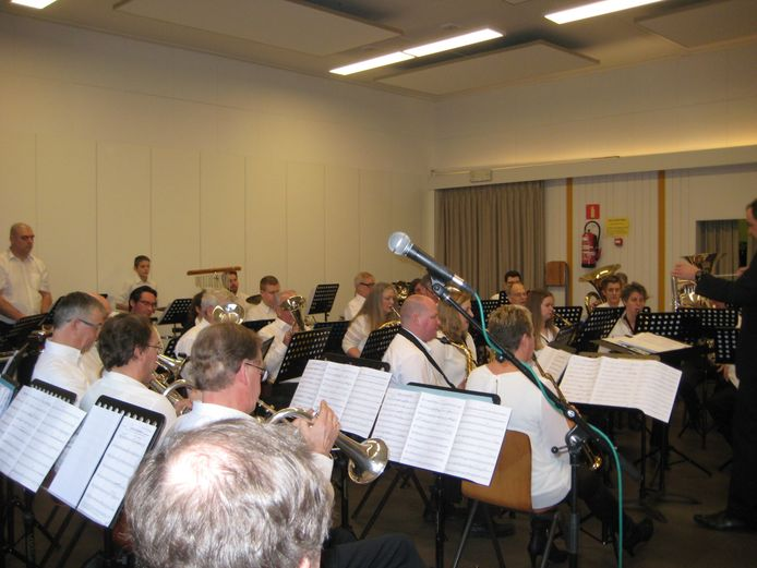 De Koninklijke Fanfare De Vrijheidsvrienden in Huizingen is dit weekend in de ban van fantasy en sprookjes.