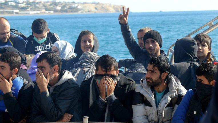 Het aantal bootvluchtelingen dat via Libië Europa probeert te bereiken is de afgelopen weken sterk gestegen. Beeld EPA