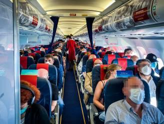 REPORTAGE. Bang dat de maskers vallen: zo voelt het om met 180 passagiers van Brussel naar Rome te vliegen