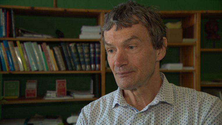 Kris Gaublomme is huisarts in Maasmechelen. Hij verkondigde gisteren dat vaccinatie tegen mazelen niet werkt en astma en autisme veroorzaakt.