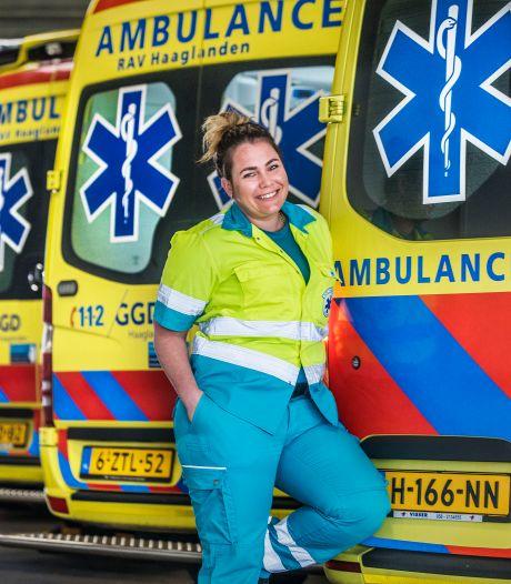 Jennifer werkte op de ambulance en op de ic tijdens de coronapiek: 'Ik miste de knuffel van mijn ouders'