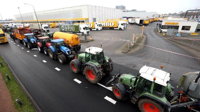 Boeren demonstreerden afgelopen december onder andere bij het distributiecentrum Jumbo in Veghel.