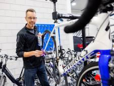 Cycleaning is de wasstraat voor je racefiets: 'Bij een goede fietstocht hoort het schoonmaken'