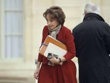 Le gouvernement français veut interdire l'e-cigarette au chanvre