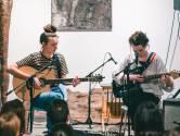 Jonge vrouwen van 'Kids With Buns' halen seksuele intimidatie uit de taboesfeer met zang en gitaar