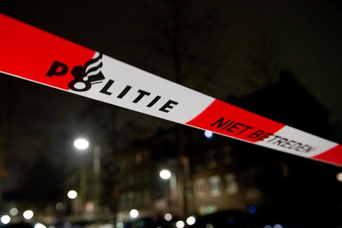 Foto ter illustratie: De politie verrichtte na de schietpartij onderzoek.