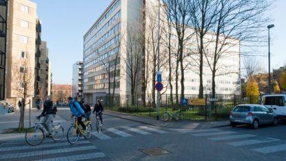 Student filmt douchend meisje in Gents studentenhome, parket start onderzoek