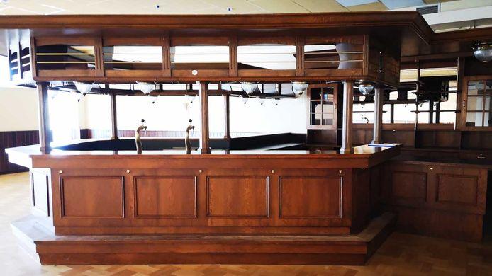Een van de vier bars van 't Vaneker die in de uitverkoop gaan.