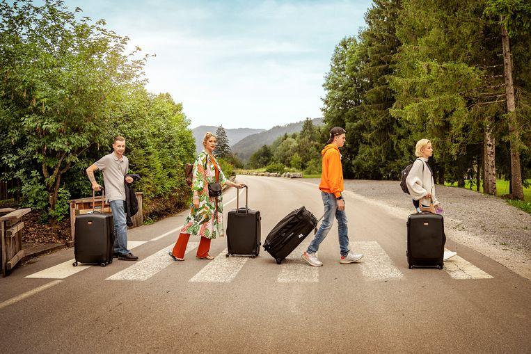Sam Gooris en kroost (Kelly Pfaff, Kenji, Shania,) gaan op vakantie voor 'Expeditie Gooris', een gloednieuw reisprogramma op VTM2. Beeld VTM