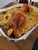 Paella met dieprode top-koningsgamba's van Las Mañas.